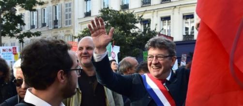 La France insoumise manifeste contre le «coup d'Etat social»