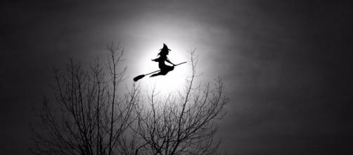 Witch Going Home Tom Lee via Flickr