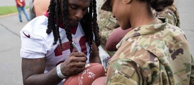 Redskins Rob Kelley questionable to play against Oakland Raiders | Image Credit: U.S. Army Sgt. Nicholas T. Holmes | Wikimedia Commons