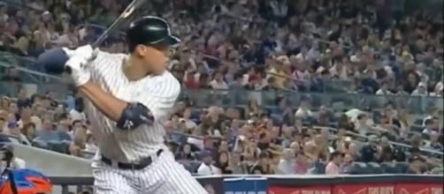Aaron Judge has broke the record for most home runs by a rookie. [Image via YouTube]