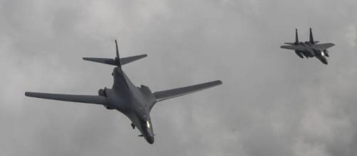 Bombardieri Usa in volo sulla Corea del Nord. Trump contro la Cina ... - lastampa.it