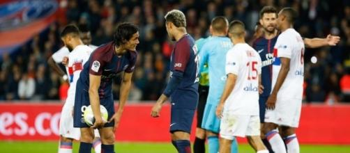 Foot PSG - PSG : Cavani-Neymar, ça ne va pas du tout ! - Ligue 1 ... - foot01.com