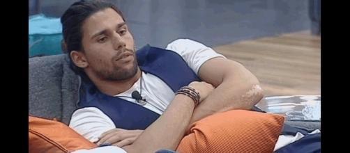 Luca Onestini al 'Grande Fratello Vip 2' crea scandalo.