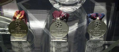 Manchester United Champions League medals [Image via Reubentg/Wikimedia Commons]