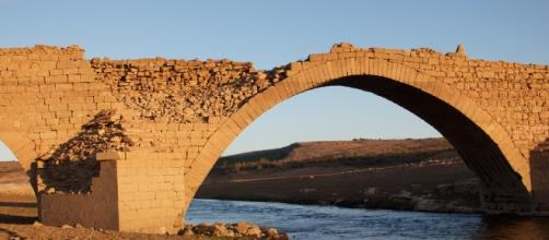 Puente Medieval Pantano de Aguilar de Campoo | Puente mediev… | Flickr - flickr.com