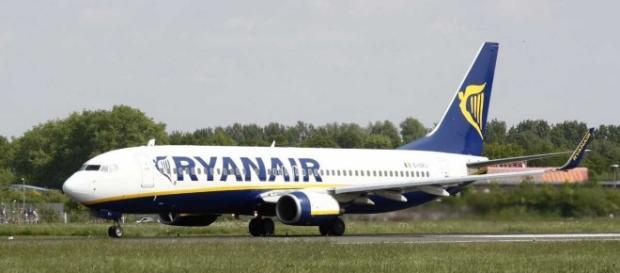 Bari, Ryanair colpisce ancora. Sul Bari-Bologna finisce la benzina ... - ilquotidianoitaliano.com