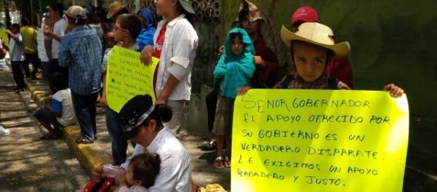 Más de 300 mil desplazados, huyen de la violencia, pero sabemos que el gobierno de Peña Nieto busca el despojo de las Tierras Mexicanas