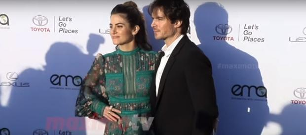 Nikki Reed and Ian Somerhalder's arrival at the 2017 EMA on Saturday. (YouTube/MaximoTV)