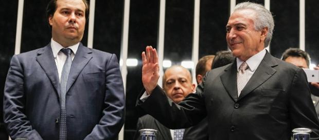Rodrigo Maia blinda Temer e OAB aciona STF para forçar a análise de impeachment