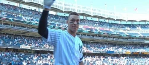 Aaron Judge set the rookie record for home runs in a season while helping the Yankees defeat the Royals Monday. [Image via MLB/YouTube]