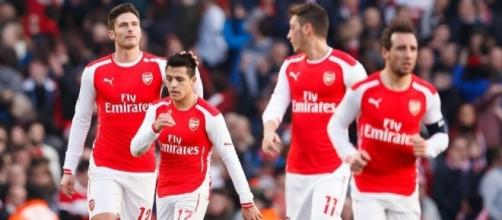 Alexis Sanchez and Mesut Ozil start for Arsenal against weakened ... - eurosport.com