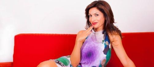 Barbara De Santi versione fotomodella: servizio fotografico nuovo ... - isaechia.it