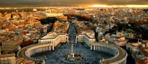 Caos in Vaticano: Papa Francesco accusato di sette eresie - La ... - la-notizia.net