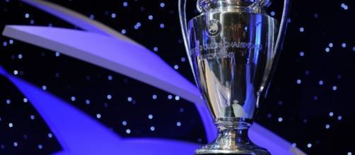 Ecco l'inno della Champions tradotto in italiano| SuperNews - superscommesse.it