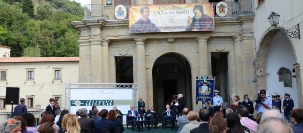 A Paola la decima edizione della Borsa del Turismo religioso ... - ntacalabria.it