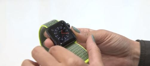 Apple Watch Series 3 - [The Verge Channel / YouTube screencap]