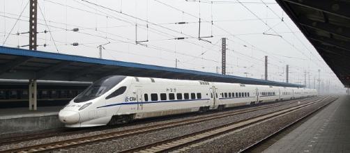 China's high-speed train network, [Image Credit: Karya Sendiri / Wikimedia]