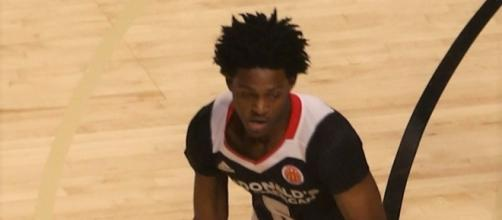 De'Aaron Fox was selected fifth by the Sacramento Kings [Image by TonyTheTiger / Wikimedia Commons]