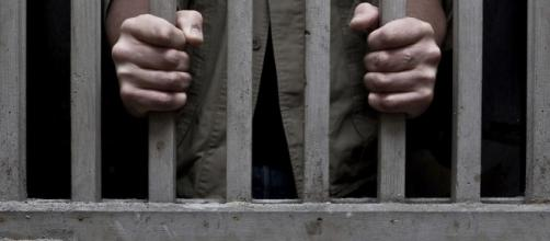 Pai é preso por engano, ao dever pensao alimentícia para filho do qual detém a guarda
