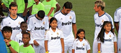 Real Madrid players; (Image Credit: Goatling/Wikimedia Commons)