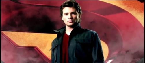 Tom Welling WANTS to Be on The Flash & CW TV - YouTube/ComicBookCast2