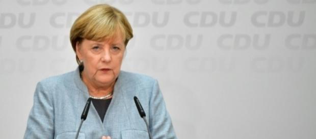Angela Merkel tente de former une coalition