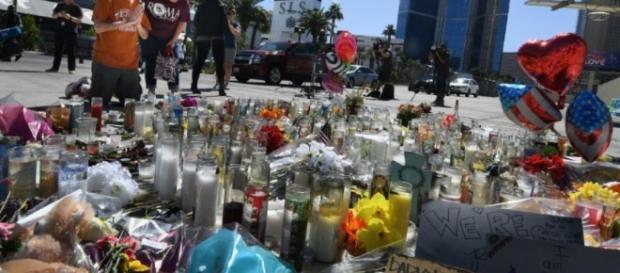 Las Vegas: le FBI entend la petite amie du tueur - Libération - liberation.fr