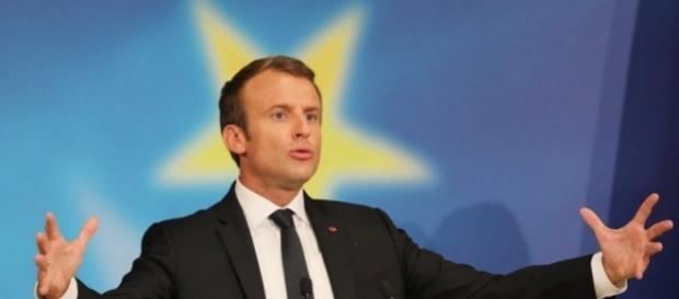 Macron se rêve en chef de l'Europe