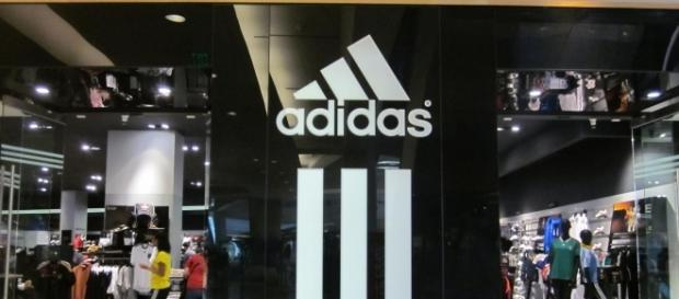 Photo Source: BrokenSphere |Wikimedia The Adidas Performance Store at the Westfield San Francisco Centre, San Francisco