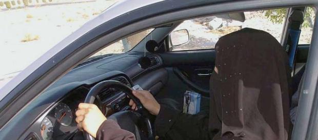 Saudi-Arabien will Frauen das Autofahren erlauben | Politik - merkur.de