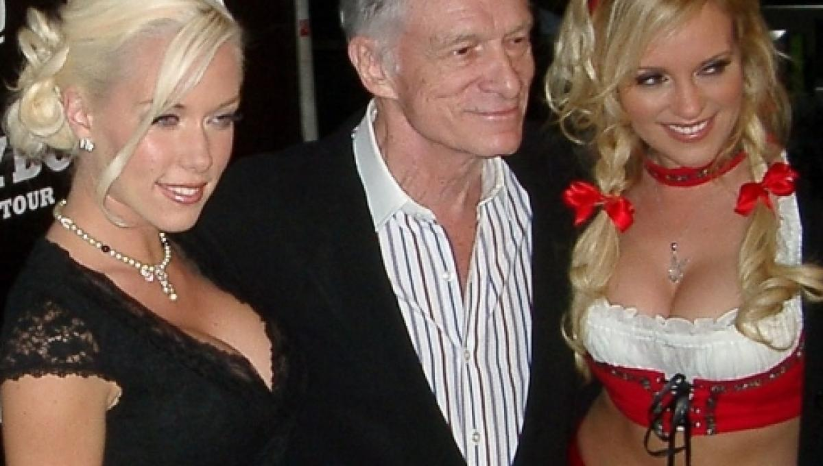 Playboy Magazine S Father Hugh Hefner Has Died At Age 91