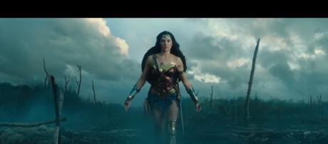 Wonder Woman (2017) Movie Clip- Image Filmic Box | YouTube
