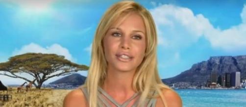 Adixia (Les Marseillais) réagit à la polémique sur la prostitution dans la télé-réalité