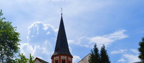 Church shooting. Image via Pixabay.