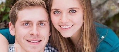 Joy-Anna Duggar and Austin Forsyth guilty of breaking the Duggar courting rules. (Image Credit: Entertainment Tonight/YouTube)