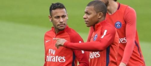 Neymar voit déjà Mbappé comme un très grand - bfmtv.com