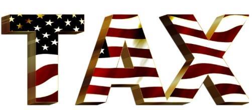 Tax cuts coming. [Image via Pixabay]