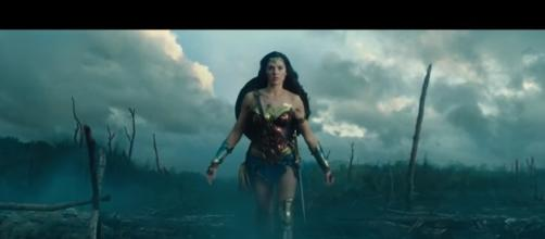 Wonder Woman (2017) Movie Clip- Image Filmic Box | YouTube