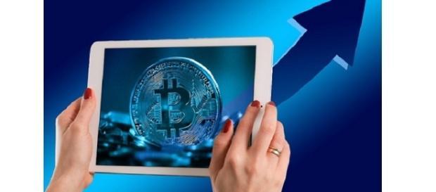 Bitcoin growth photo by geralt | pixabay