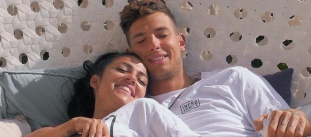 """Hin & Her! Brauchen Jan & Elena Streit für ihre """"Liebe ... - promiflash.de"""