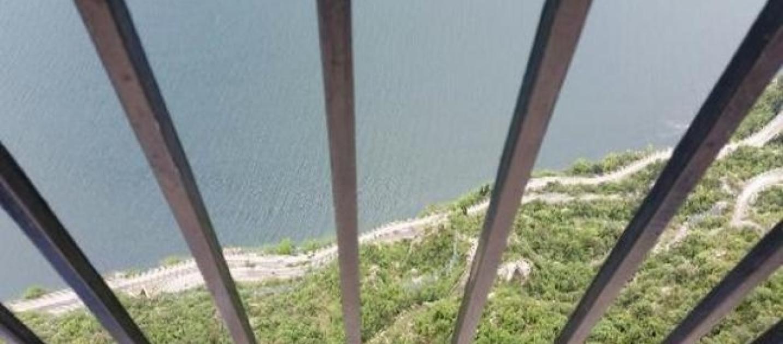 Suicidio choc, Matteo si lascia andare nel vuoto da 350 metri