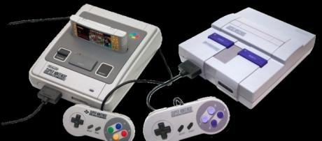 Super Nintendo Entertainment System by Alphathon / WIkimedia Commons