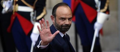 Budget, vraie ou fausse surprise du Premier ministre? - Sputnik France - sputniknews.com