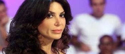 Carmen Di Pietro annuncia il divorzio - thesocialpost.it