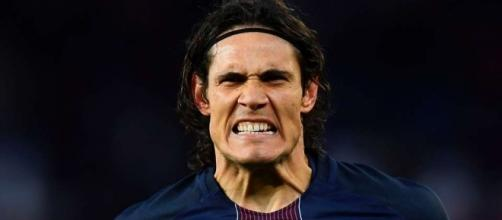 Edinson Cavani shows incredible pace while tracking back for PSG v ... - givemesport.com