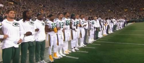 Packers lock arms - Filth Monster via YouTube (https://www.youtube.com/watch?v=LsB-9tQfUuo)