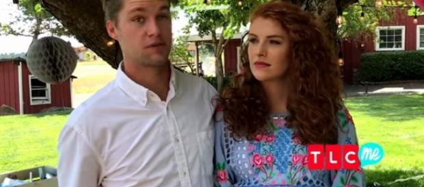 Jeremy Roloff and Audrey Roloff show off their daughter, Ember. [Image Credit: TLC/YouTube]