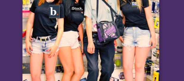 No se podrán cambiar artificialmente las medidas de las modelos. Chicas impulsadoras de Sao Paulo Brasil impulsadoras