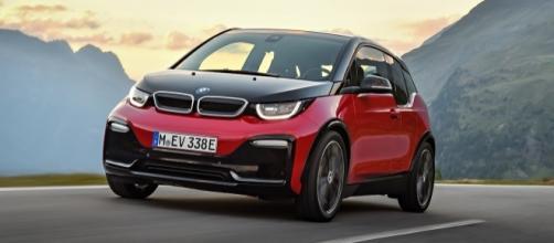La nuova BMW I3s. Foto: http://www.omniauto.it/magazine/47797/bmw-i3-i3s-restyling-2017