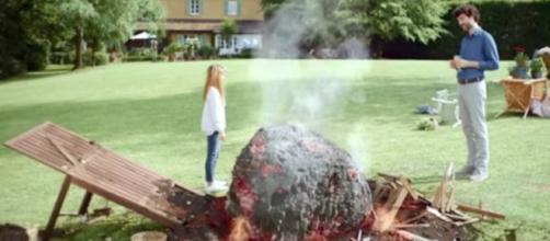 L'asteroide della Buondì pronto a colpire anche il papà dopo aver disintegrato la madre